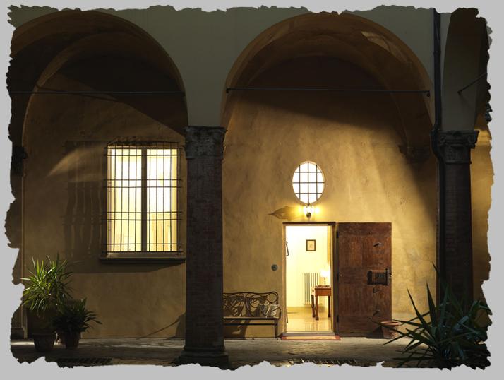 Antica casa zucchini bed breakfast in residenza d 39 epoca for Interno casa antica
